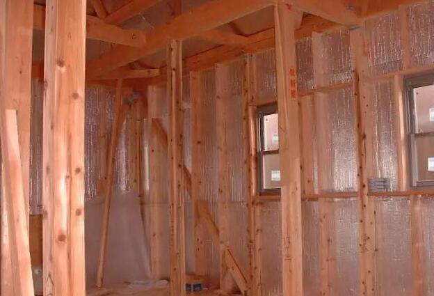 铝箔材料在外墙保温系统中的应用